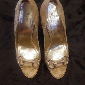 Gucci peep toe pumps